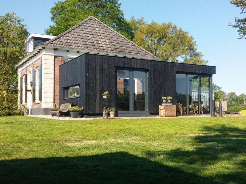 IBOC meesterhuis met zwarte doos Rinke ter Haar architectuur