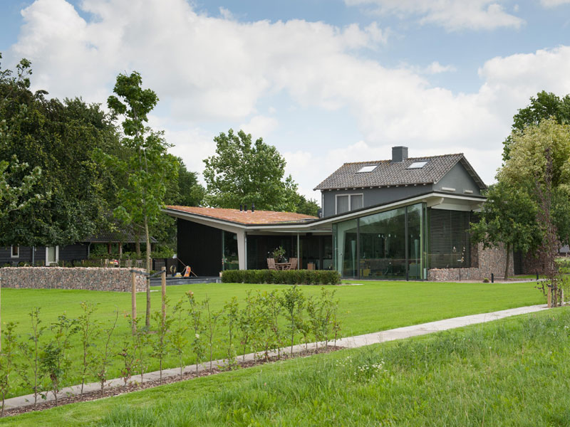 IBOC modern verbouwen groendak glas gelamineerde spanten Gerrit Jan ter Horst
