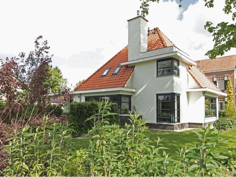 IBOC wit huis met rode dakpan Rinke ter Haar architectuur